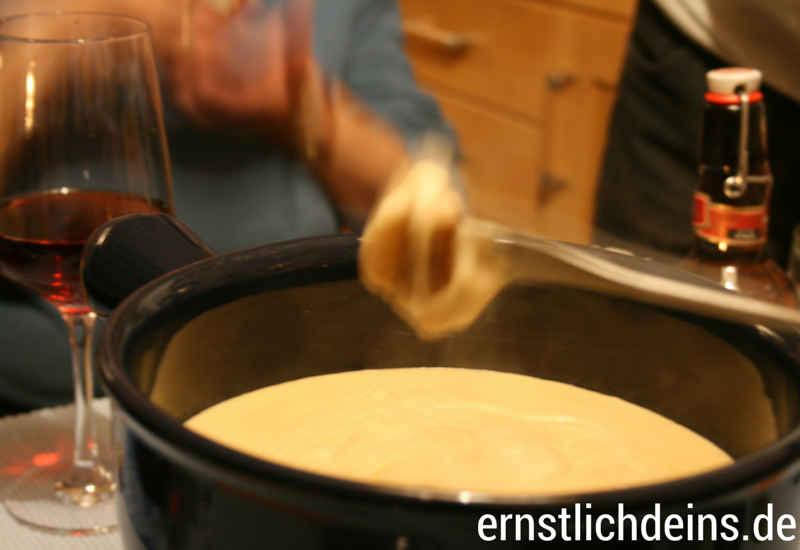 Rezept für das beste Käsefondue der Welt l ernstlichdeins